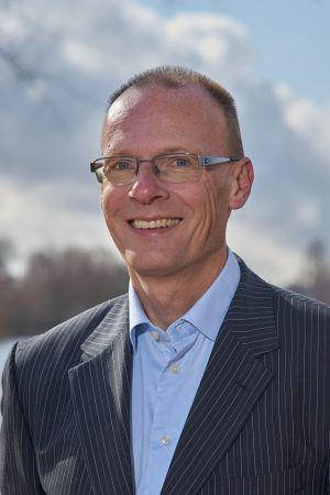 Lars Thorup - ZeaLake.com